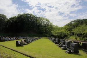 霊園での個別墓でも供養可能です。